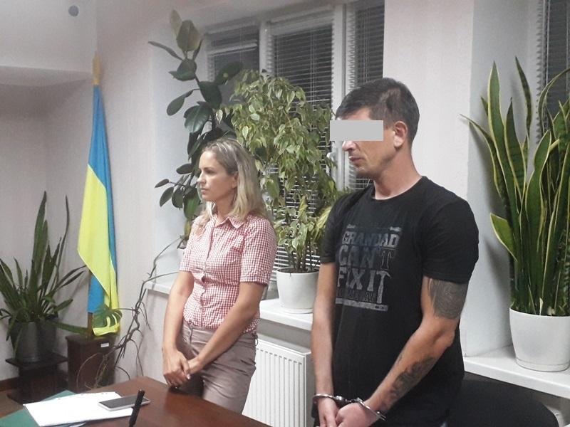 В Николаеве суд арестовал водителя, из-за которого внедорожник сбил мать и дочь на тротуаре (ФОТО)