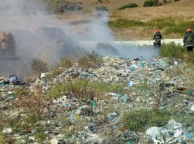 Под Николаевом снова горит полигон бытовых отходов (ФОТО)