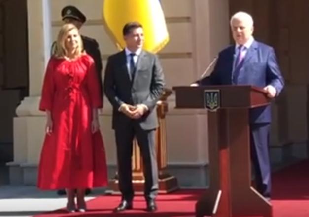 Зеленский передал Кравчуку право первого тоста на приеме ко Дню Независимости (ВИДЕО)