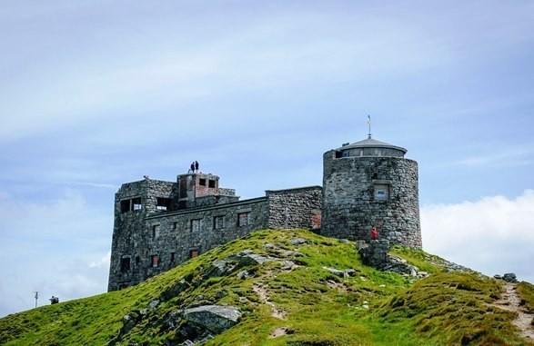 На горе Поп Иван вандалы повредили оборудование легендарной обсерватории