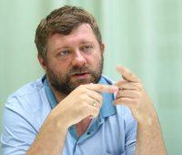 Корниенко: против олигархического закона выступают олигархические партии и политики