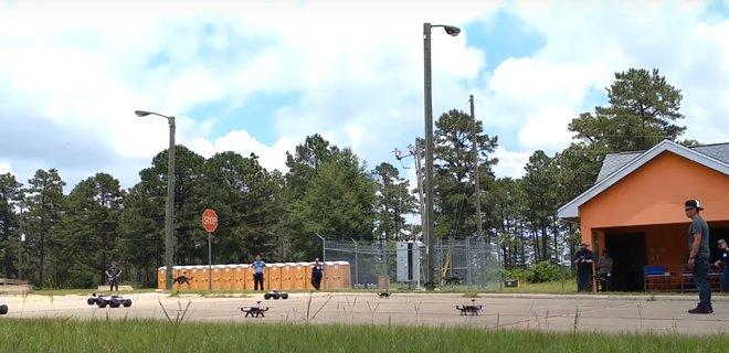 Пентагон тестирует рой из дронов (ВИДЕО)