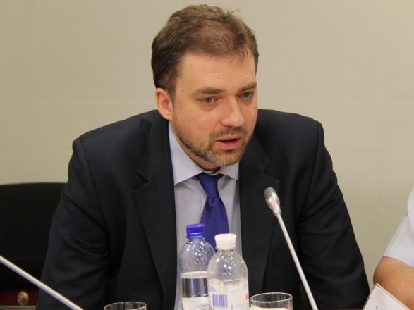 В районе разведения сил ситуация контролируемая и спокойная – министр обороны