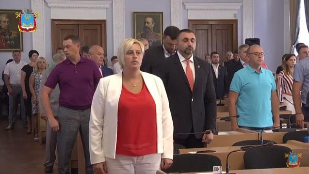 Депутаты горсовета собрались на внеочередную сессию – будут присваивать звание Почетного гражданина города Николаева (ТРАНСЛЯЦИЯ)