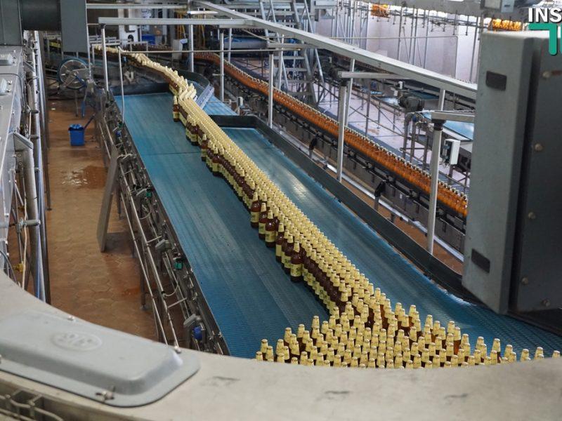 Николаевский завод «Янтарь» показал СМИ, как хранит традиции пивоварения