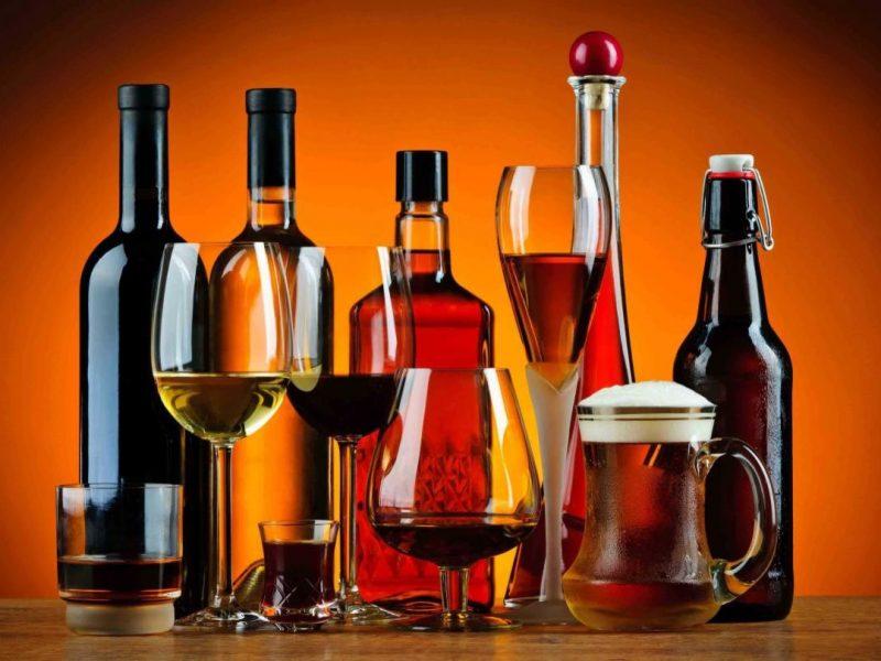 Будем меньше выпивать? В Украине планируют повысить цены на алкоголь