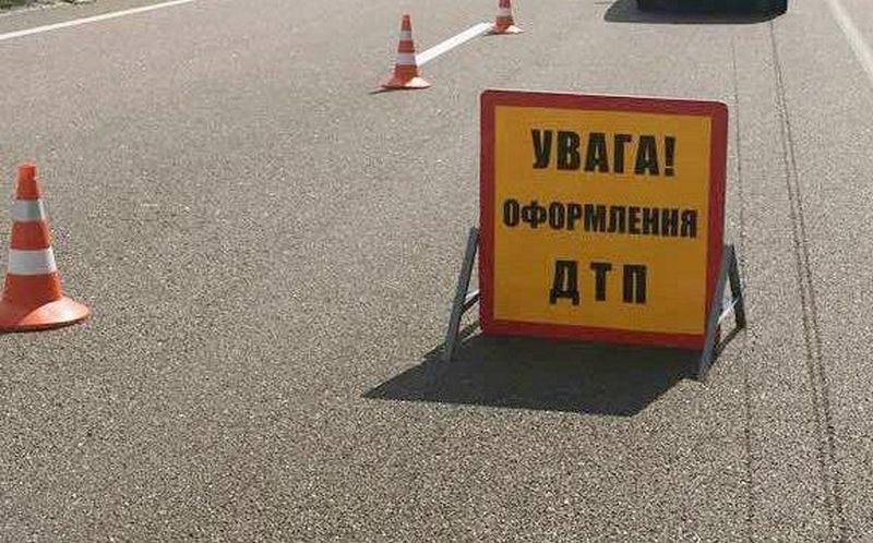 В Николаеве ищут свидетелей ДТП, в котором  Nissan сбил на переходе жену депутата  и сбежал (ВИДЕО)