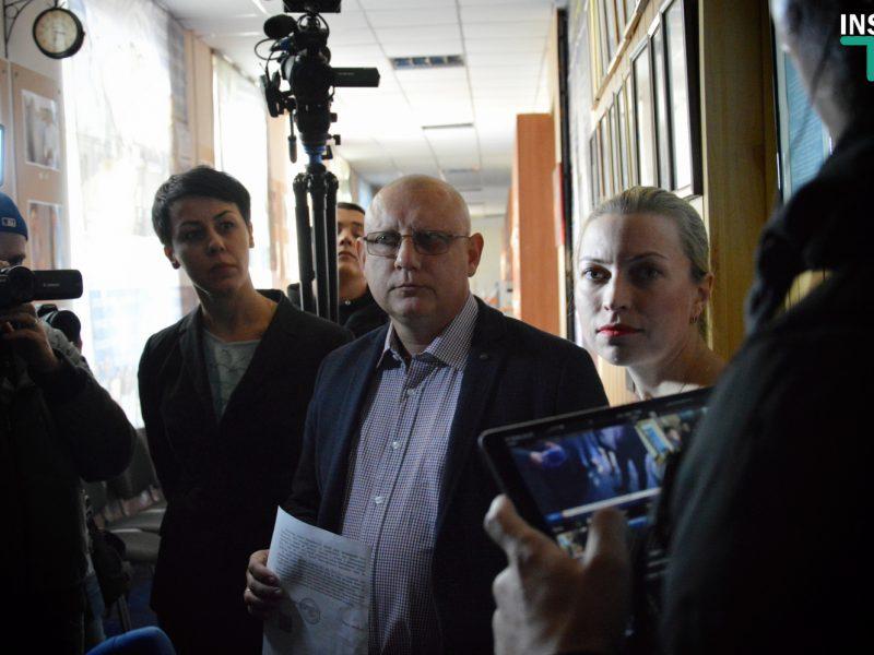 Директора Колледжа прессы и ТВ позвали на следующую комиссию ЖКХ, чтобы он назвал сроки переезда (ФОТО, ВИДЕО)