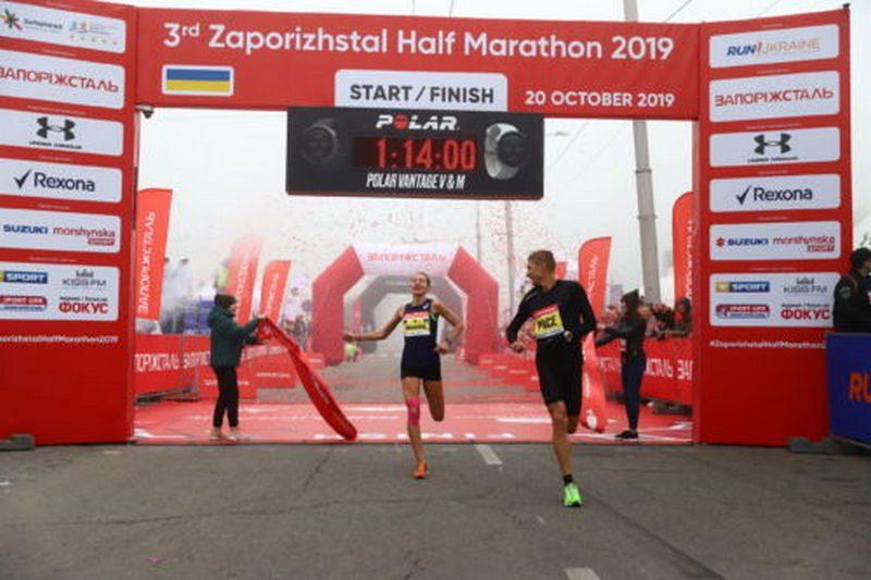 Валентина Килярская из Николаева добыла победу на 3rd Zaporizhstal Half Marathon и обновила предыдущий рекорд трассы на почти 4 минуты (ФОТО)