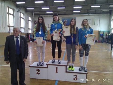 Фехтовальщицы из Николаева завоевали две медали на Всеукраинском турнире (ФОТО)