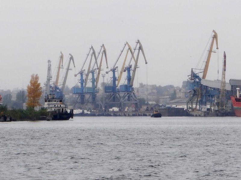 ЧАО УДП планирует построить 16 буксиров и 31 баржу для перевозки грузов по Днепру