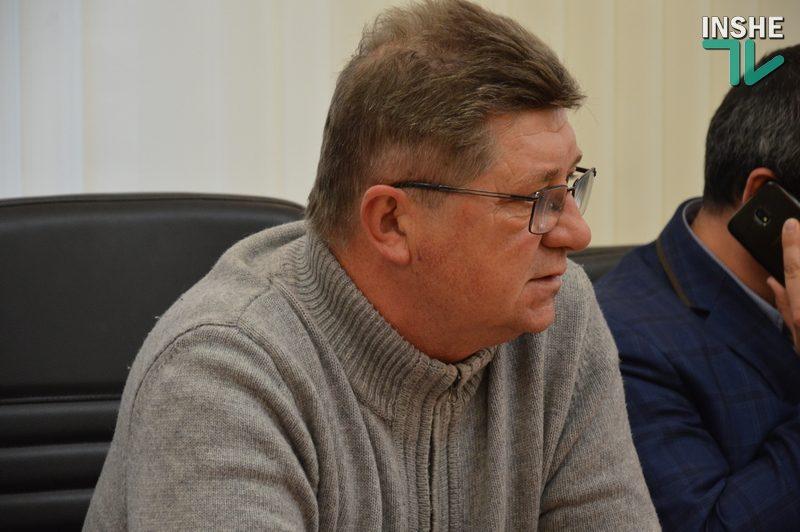 На Николаевщине из-за ГВК большегрузы разбивают местные дороги – руководитель ООО «Николаевавтодор» (ВИДЕО)