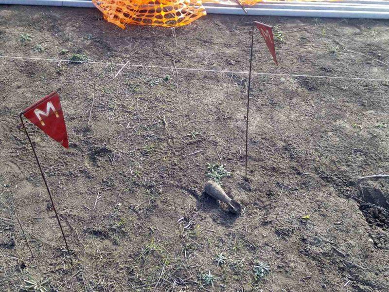 В Николаевской области пиротехники уничтожили минометную мину (ФОТО)