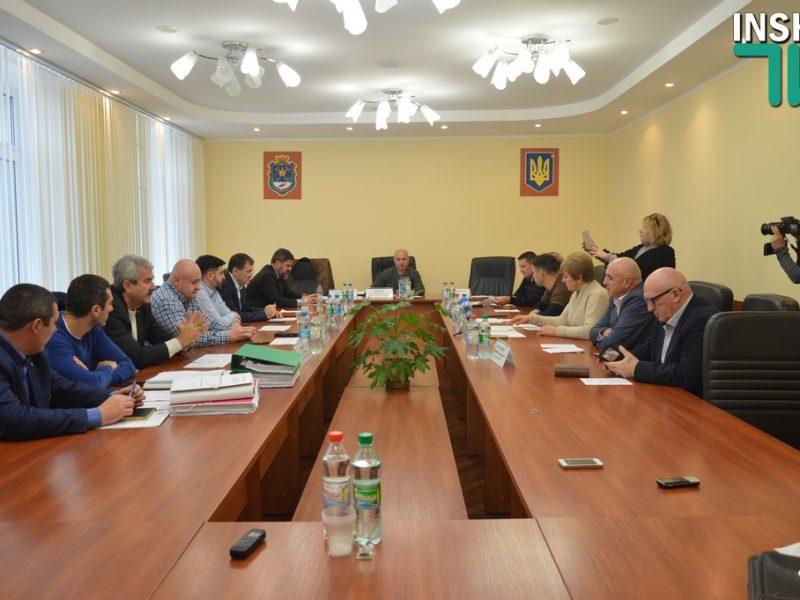 Депутаты Николаевского облсовета соберут сессию, чтобы требовать увольнения руководства Службы автодорог и облавтодора