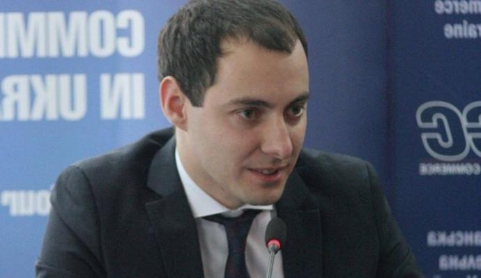 Разница в подходах ощутима каждому, – глава Укравтодора сравнил ситуацию с ремонтом дорог на Николаевщине и Херсонщине