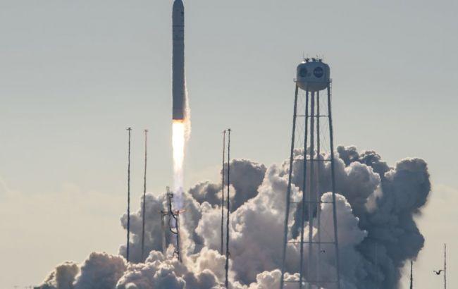 Ракета Украины и США вывела на орбиту корабль с грузом для астронавтов (ВИДЕО)