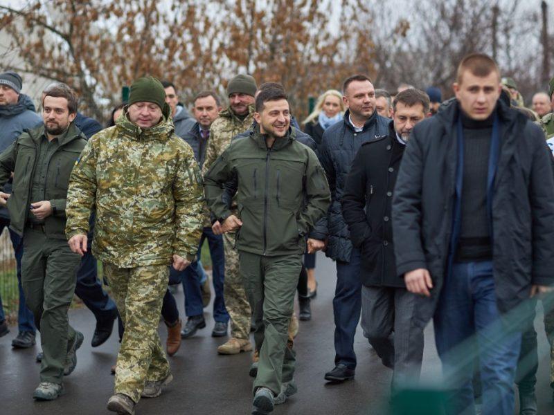 Зеленский открыл мост в Станице Луганской (ФОТО)