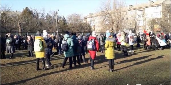 В Николаеве «заминировали» все школы (ВИДЕО)