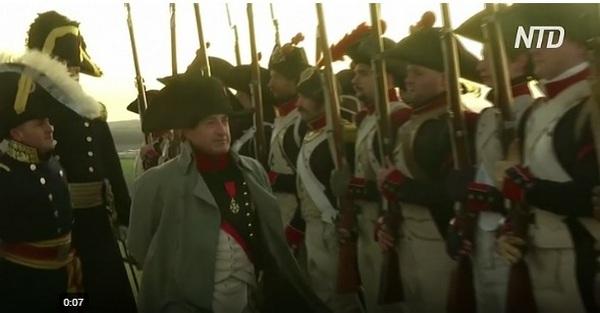 В Чехии Наполеон снова одержал победу над австрийскими и русскими войсками – воссоздана битва у Аустерлица (ВИДЕО)