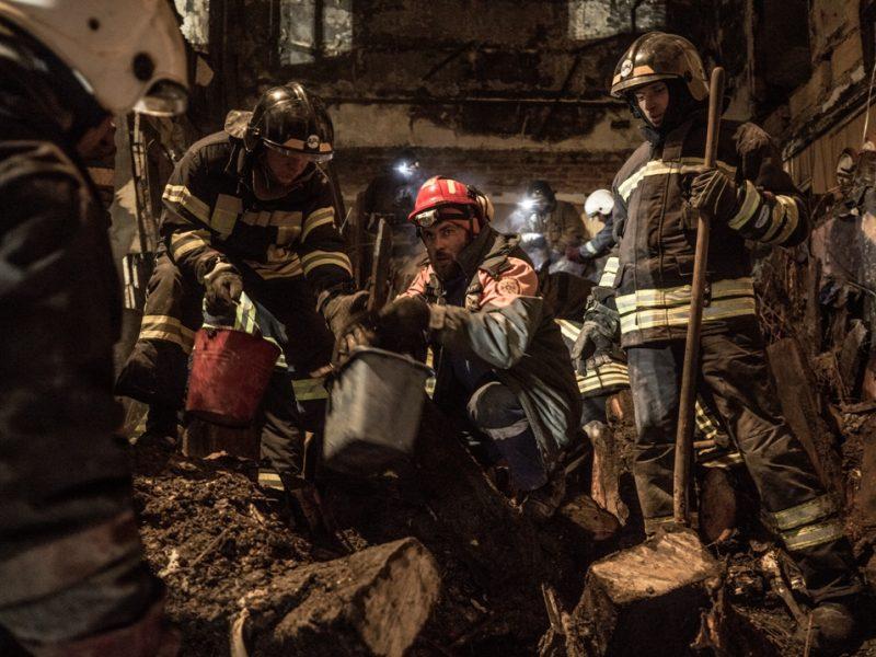 Пожар в Одесском колледже: под завалами нашли тело еще одного погибшего, судьба 10 человек остается неизвестной (ФОТО, ВИДЕО)