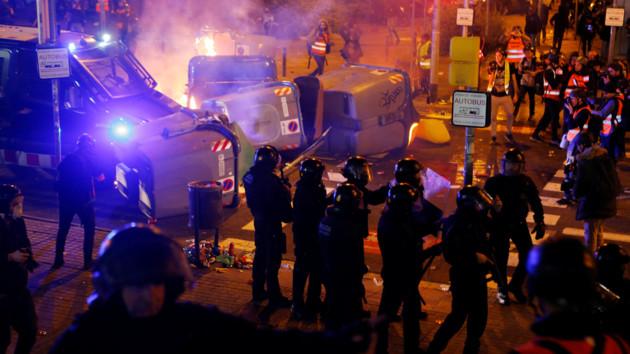 "Полиция предотвратила атаку дронов на стадион во время матча ""Барселона"" – ""Реал"""