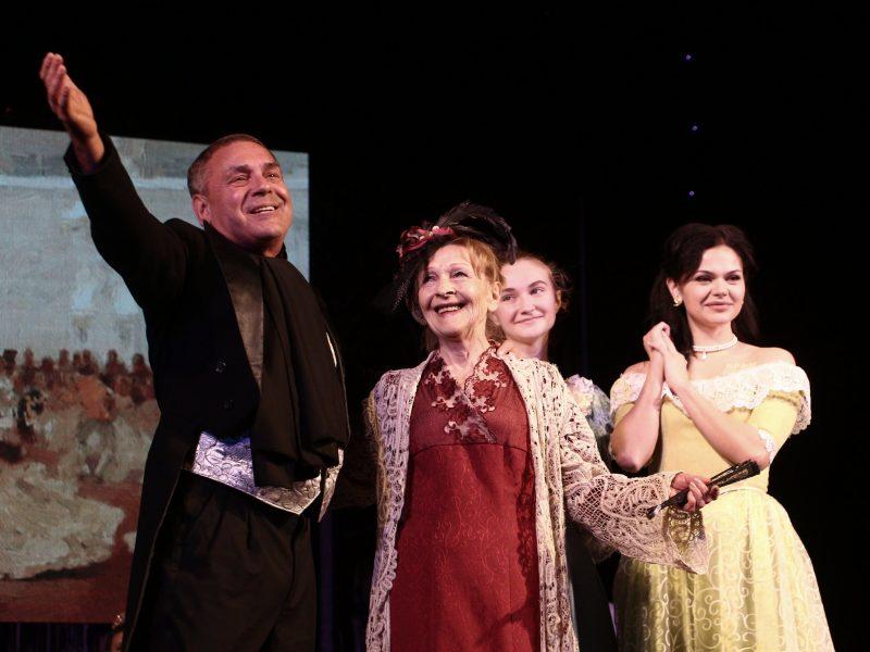 Николаевский русский драматический театр отметил 85-летний юбилей (ФОТО)