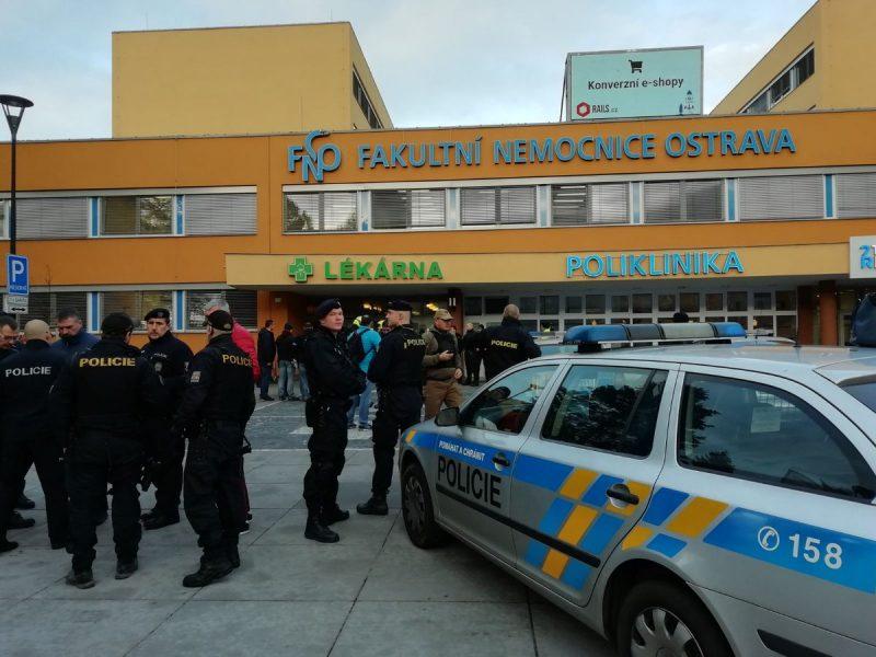 Чешский стрелок, убивший в больнице 6 человек, застрелился (ФОТО)