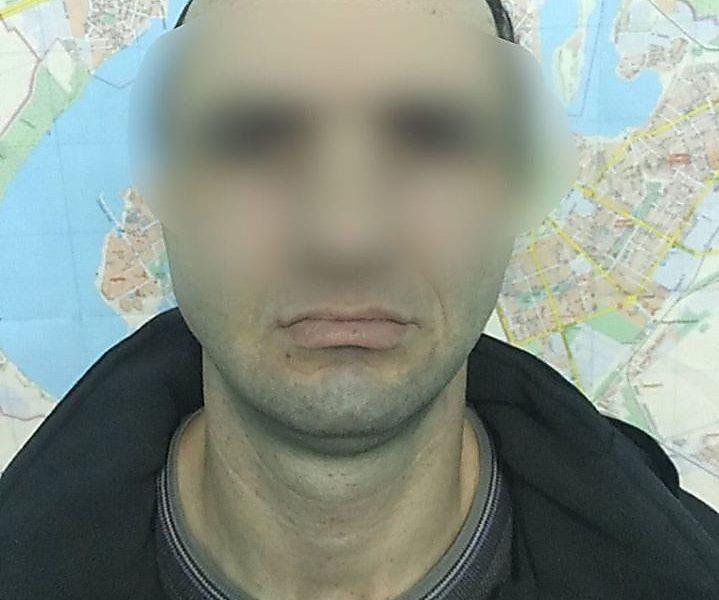 Суд отправил в СИЗО подозреваемого в растлении 6-летнего мальчика в Николаеве