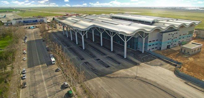 ГПУ и СБУ провели обыск в аэропорту Одессы (ФОТО)