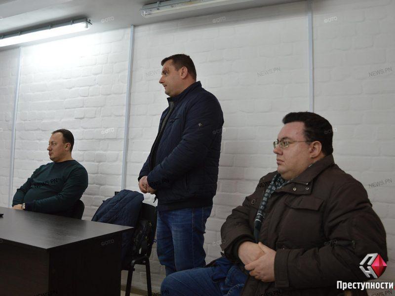 Суд не смог приступить к рассмотрению дела о растратах в департаменте энергоэффективности Николаевского горсовета  – адвокат отказался от обвиняемого