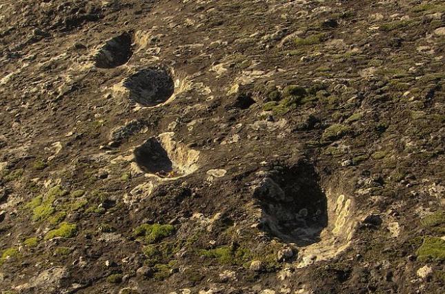 Загадочные следы из Италии принадлежали неандертальцам, которые взбирались на вулкан после извержения
