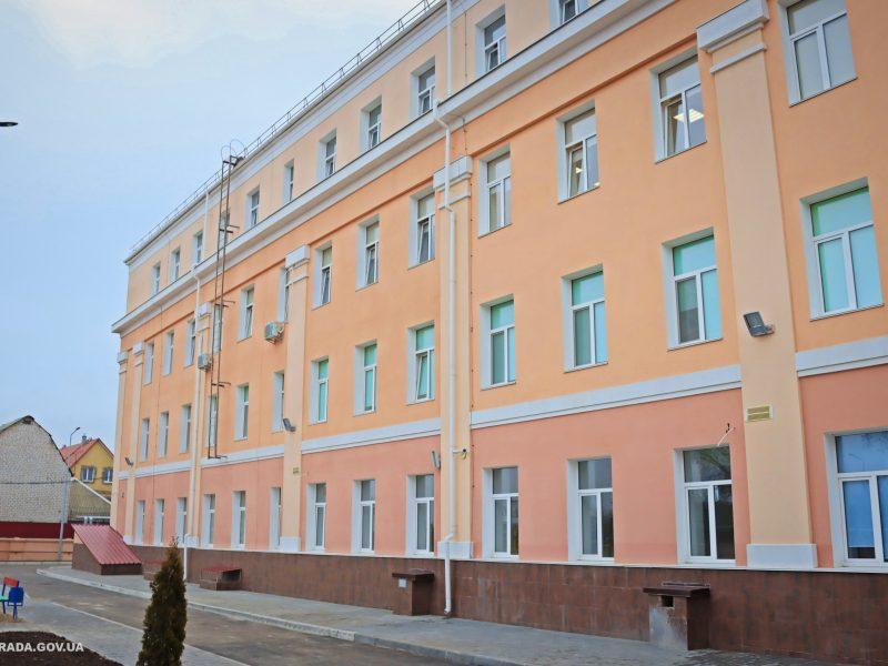 В Николаеве завершили реконструкцию школы №36 (ФОТО)