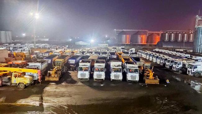 """Советник премьера заявил, что к """"большой стройке"""" дорог и стадионов готовы сотни заводов"""
