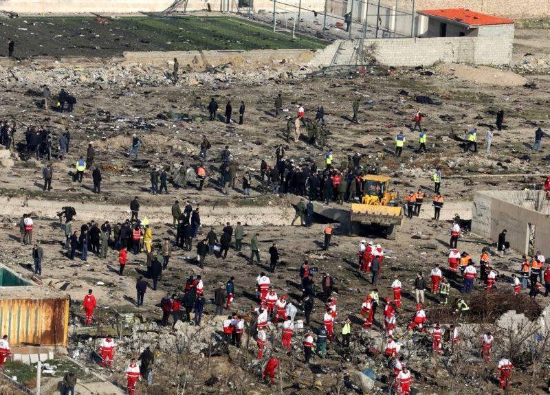 """В Иране заявили об аресте """"некоторых людей"""" за их роль в крушении самолета МАУ"""