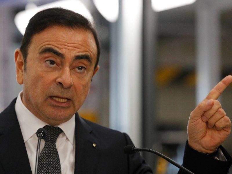 Экс-глава Nissan, подозреваемый в мошенничестве, бежал из Японии в футляре от музыкального инструмента — СМИ