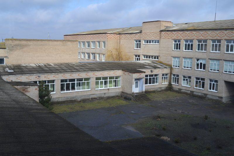 Николаевский облсовет будет настаивать, чтобы Николаевская ОГА включила Новобугскую школу в государственную программу (ФОТО, ВИДЕО)