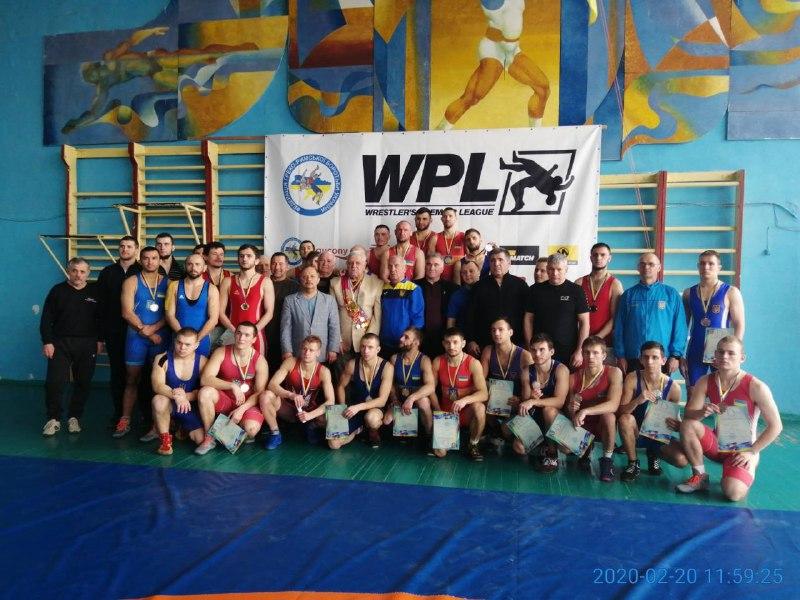 На чемпионате Украины по вольной и греко-римской борьбе среди спортсменов с нарушениями слуха николаевцы завоевали 13 медалей (ФОТО)