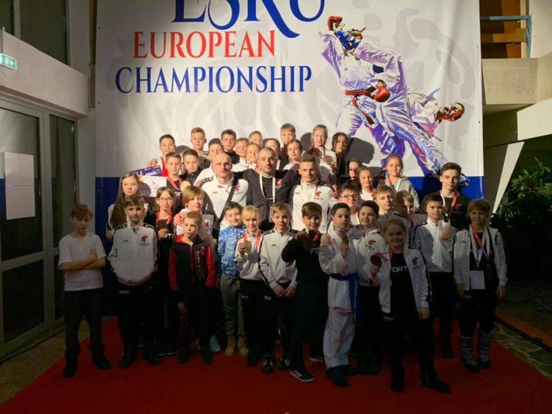 Юные каратисты николаевского клуба Fortis завоевали третье общекомандное место на международном турнире в Румынии (ФОТО)
