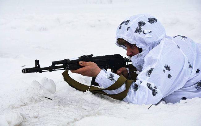 """На Донбассе – 10 нарушений """"тишины"""", у Марьинки и Орехово позиции ВСУ обстреляли из 120-мм минометов"""