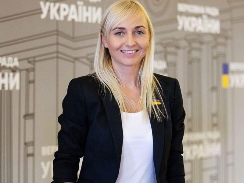 """Фракция """"Голоса"""" в парламенте официально раскололась на 2 равные части"""