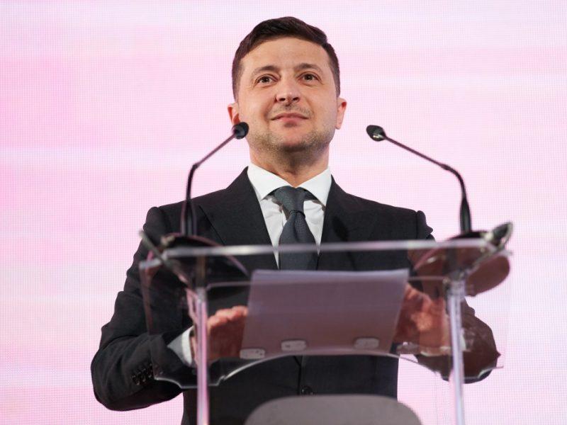 Евродепутат фон Крамон: Архитектором системного политического давления в Украине является Зеленский