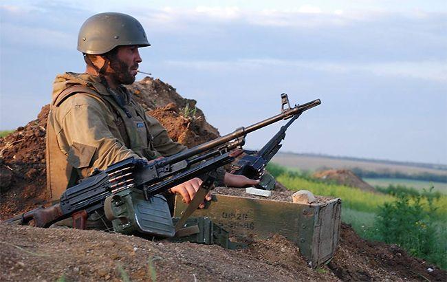 Боевики на Донбассе в субботу обстреляли бойцов ООС из гранатомета