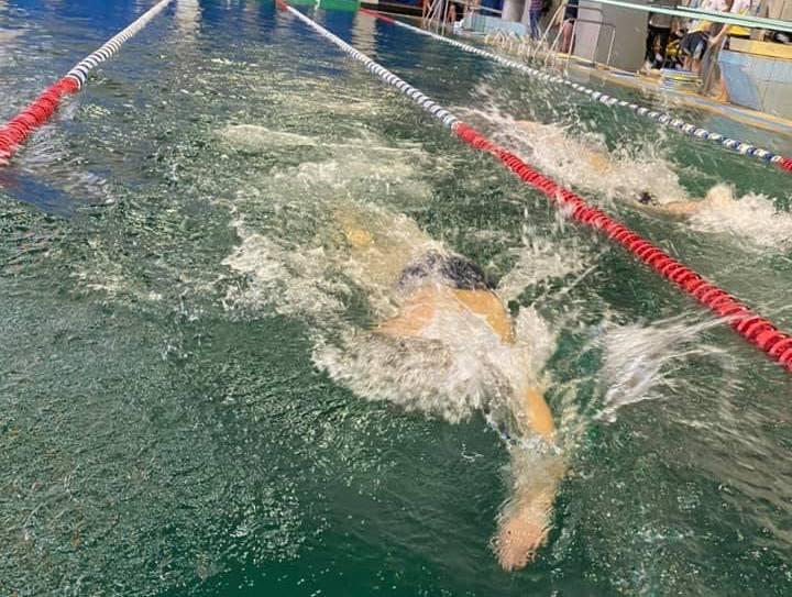 Бороться за себя не только на поле боя, но и на спортивной арене: в Николаеве прошел традиционный турнир «Плавання нескорених» (ФОТО, ВИДЕО)