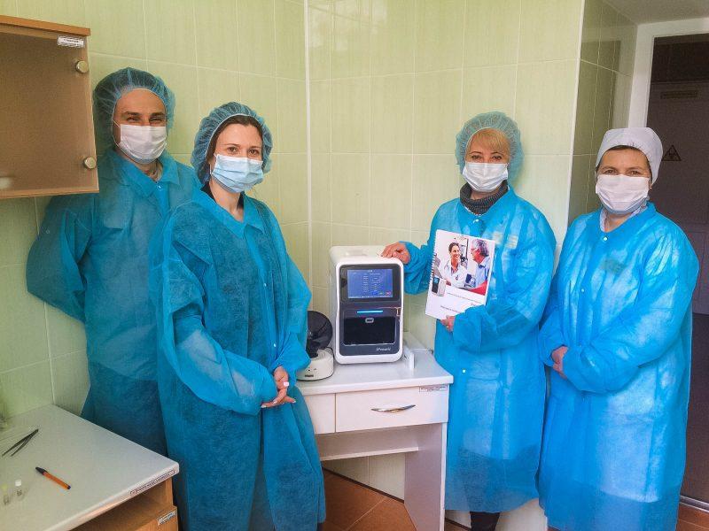В Николаев прибыл современный аппарат для ПЦР-исследований (ФОТО)