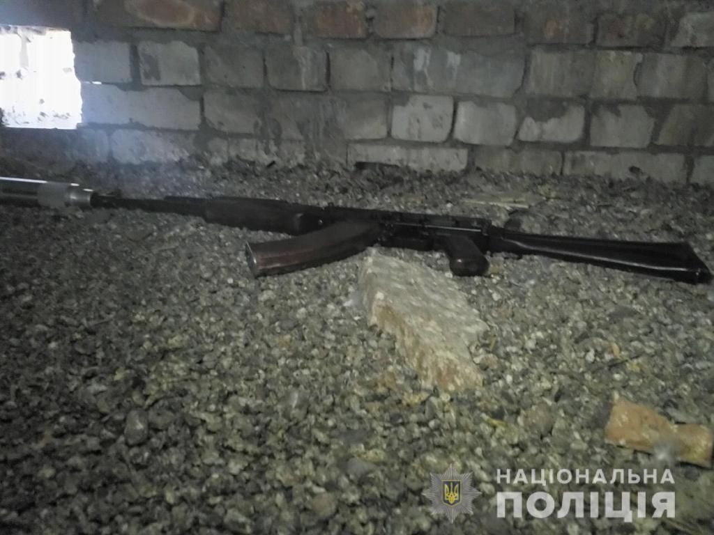 Покушение на Титова: полиция показала место засады и оружие киллера (ФОТО и ВИДЕО) 1