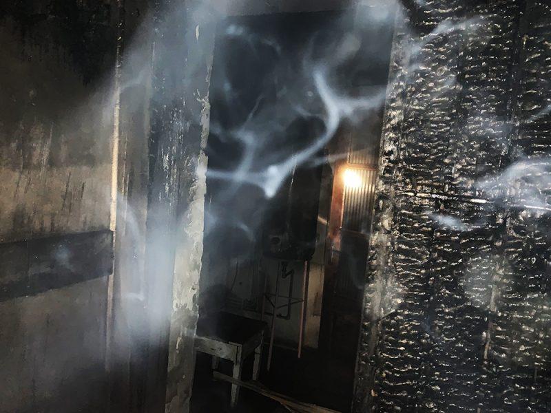 В Первомайске горел двухэтажный дом – хозяин успел вовремя проснуться и выбраться на улицу (ФОТО)