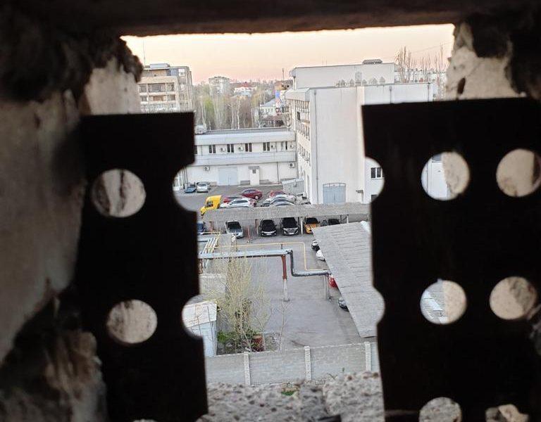 Покушение на Титова: полиция показала место засады и оружие киллера (ФОТО и ВИДЕО)