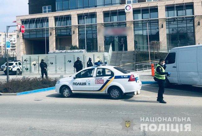 Выстрел в живот. В Черновцах – криминальные разборки из-за наркотиков и контрабанды (ВИДЕО)