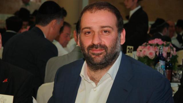 Бизнес-партнер Коломойского трижды посещал Офис президента накануне голосования за «антиколомойский закон» (ВИДЕО)