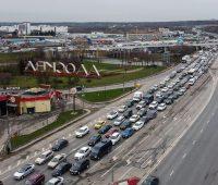 По сути — домашний арест. В Москве на 4 месяца вводят домашний режим для невакцинированных пожилых граждан